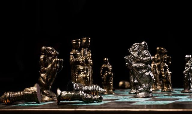 battling-knights-on-a-chess-board.jpg