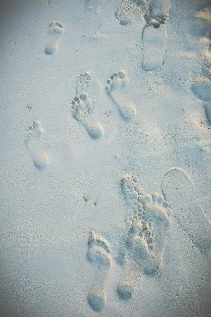 beach-sand-footprints.jpg