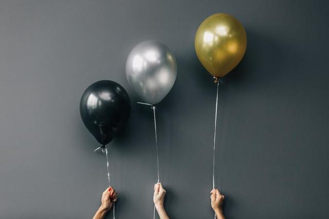 black-silver-and-gold-balloons.jpg