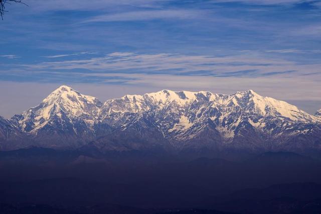 blue-mountain-landscape.jpg