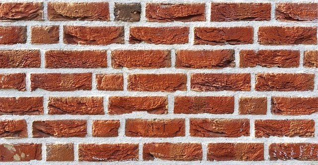 brick-wall-1260304_640.jpg