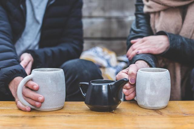 coffee-date-couple.jpg