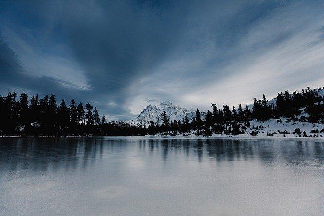 lake-862987_640.jpg
