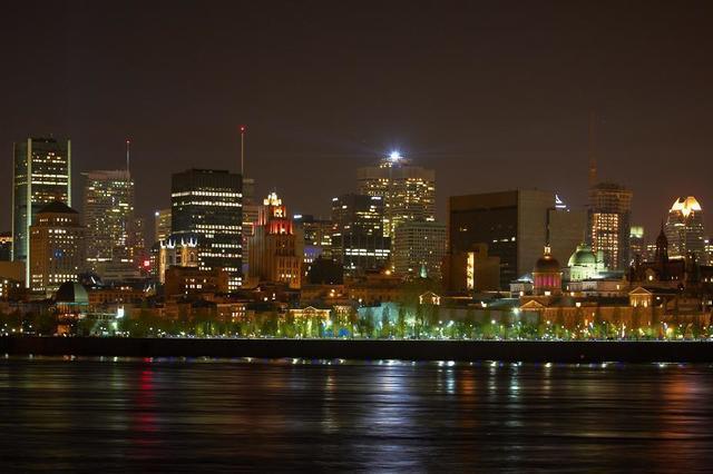 montreal-quebec-night-waterfront.jpg