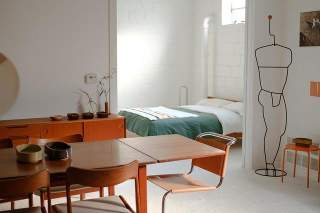 open-plan-mid-century-modern-apartment.jpg