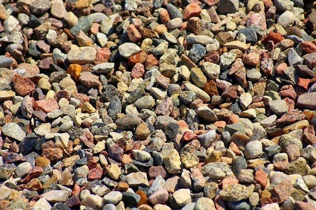 pebbles-3429815_640.jpg