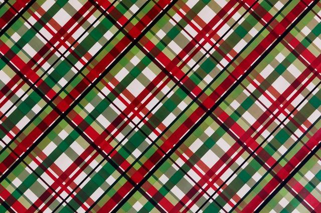 plaid-gift-wrap-paper-background.jpg