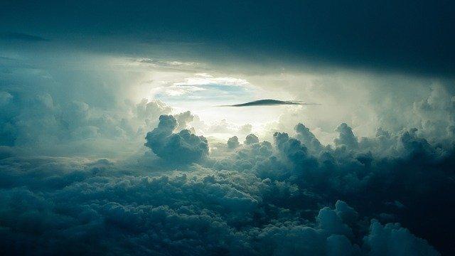 sky-690293_640.jpg