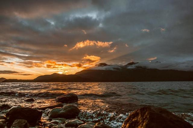 sunrise-over-island.jpg