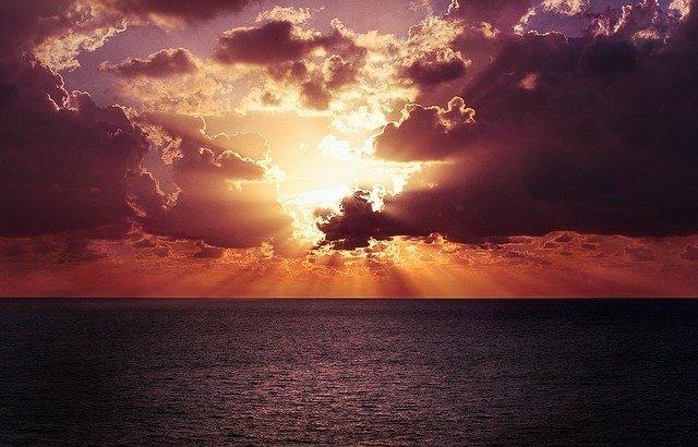 sunset-768759_640.jpg