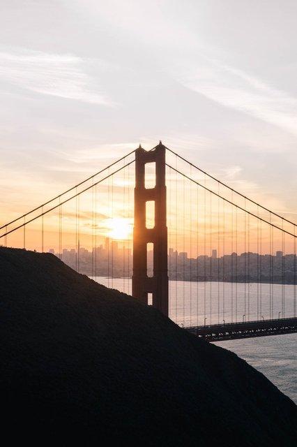 sunset-behind-golden-gate-bridge.jpg