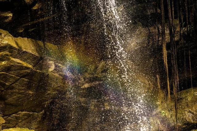 waterfall-refracting-rainbow.jpg