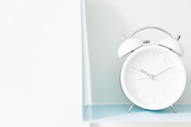 white-alarm-clock.jpg